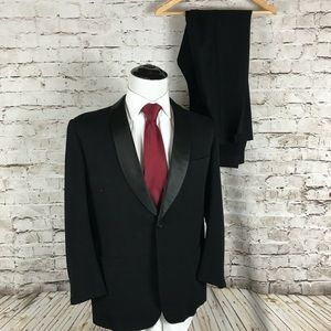 Brooks Brothers Vintage 3 Piece Tuxedo Size 40S